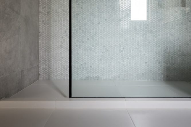 tiled shower features Marmox multiboard, Marmox hobs, Marmox shower base